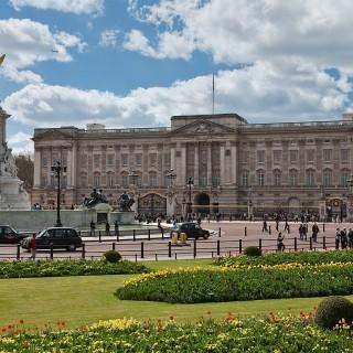 Besök gärna Buckingham Palace