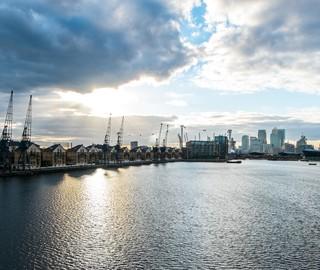 Den imponerande utsikten över London Docklands