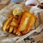 Njut av god fish and chips