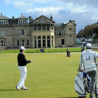 Spela golf i England