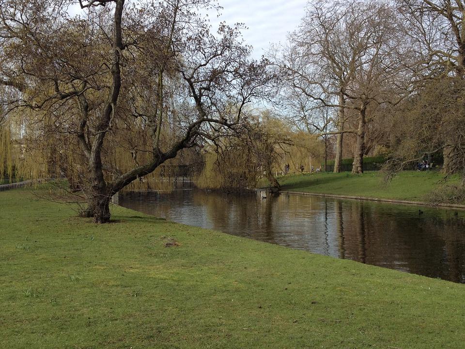 Njut av hösten i Londons parker