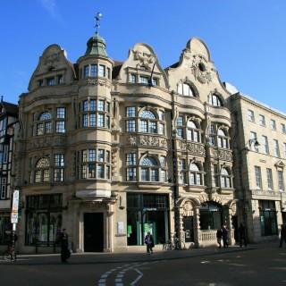 Shoppa loss på Oxford Street