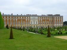 Skattjakt på Hampton Court Palace är en av alla påskaktiviteter