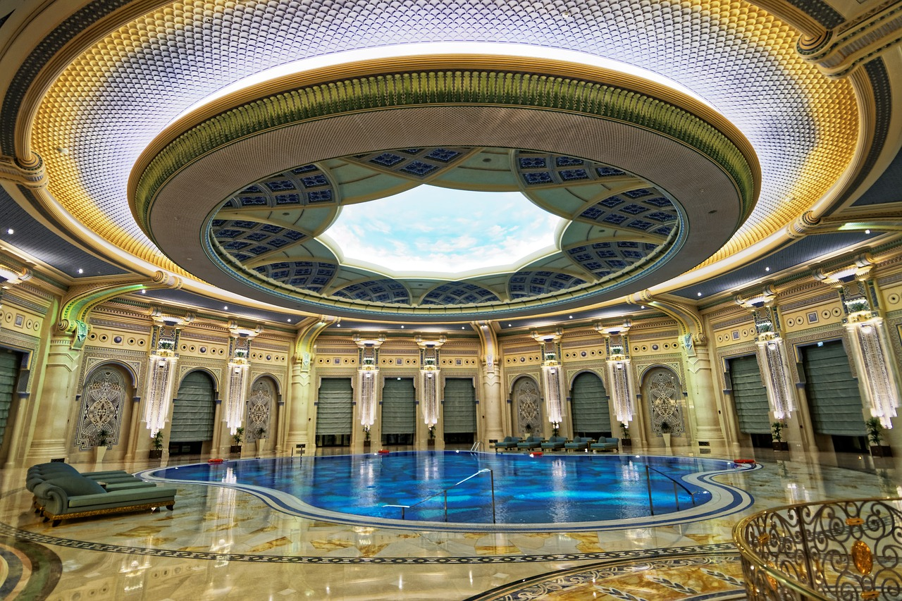 London Ritz såldes för mindre än 800 miljoner pund